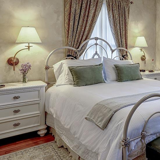 cta_guestroom_front_2